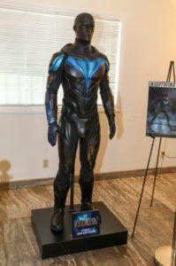 Nuevo Super Traje de Nightwing 2019